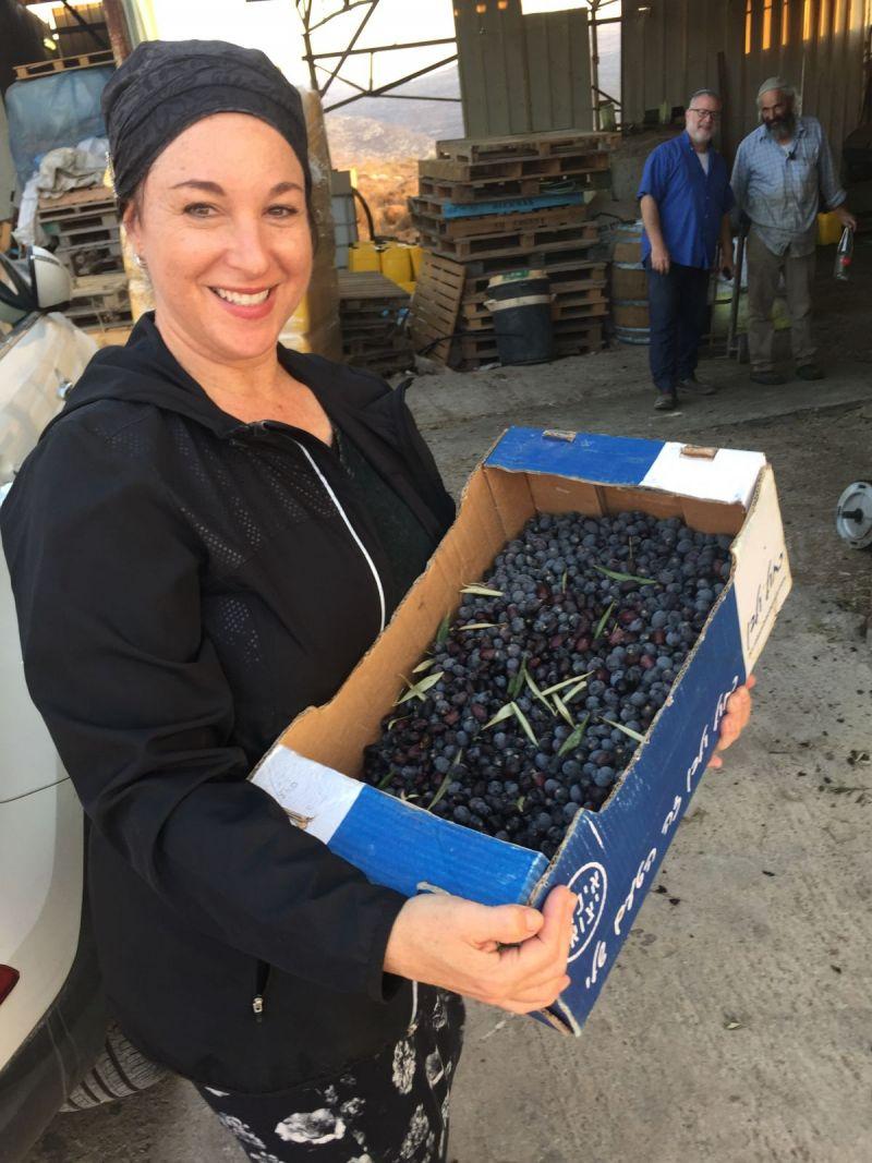 leah-olives
